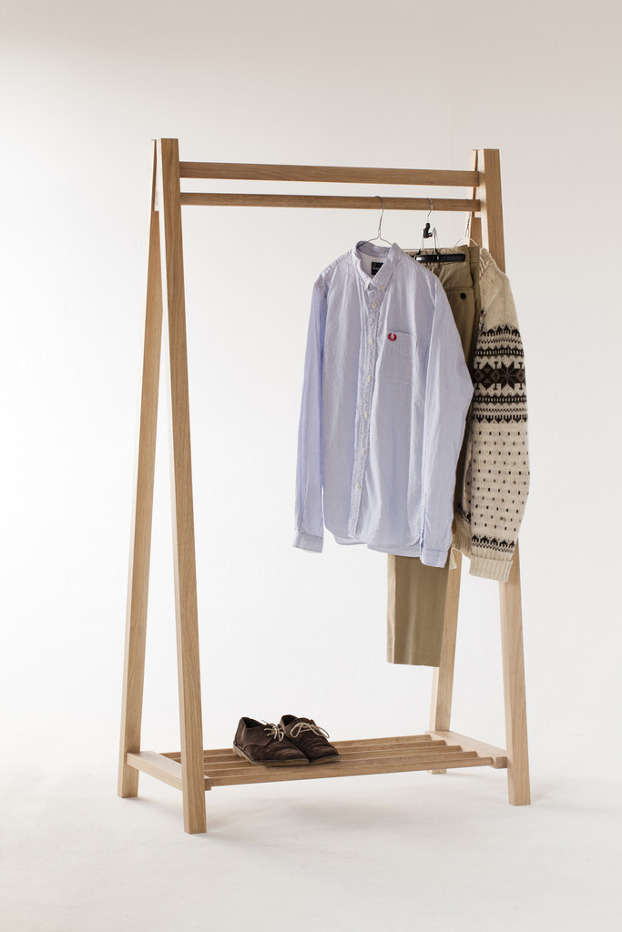 Contemporary Clothes Rail Rack
