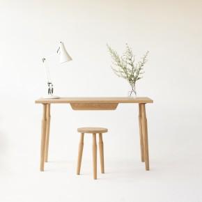 Desk_-_Liam_Treanor_-_Oak_-_300dpi_1024x1024
